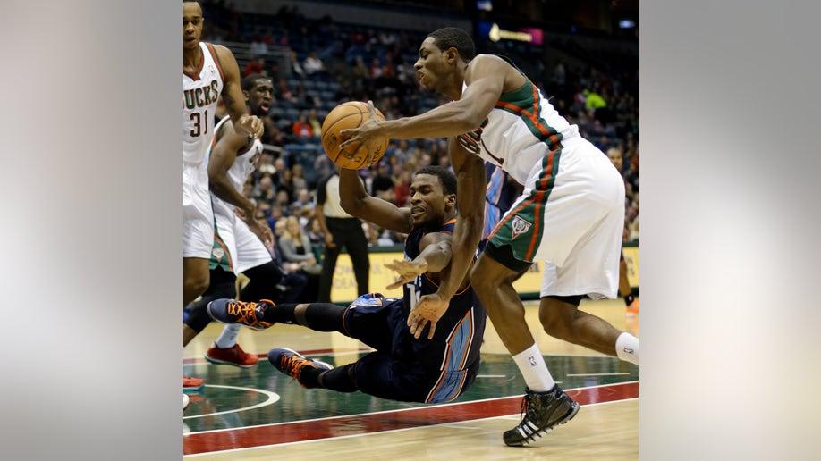 APTOPIX Bobcats Bucks Basketball