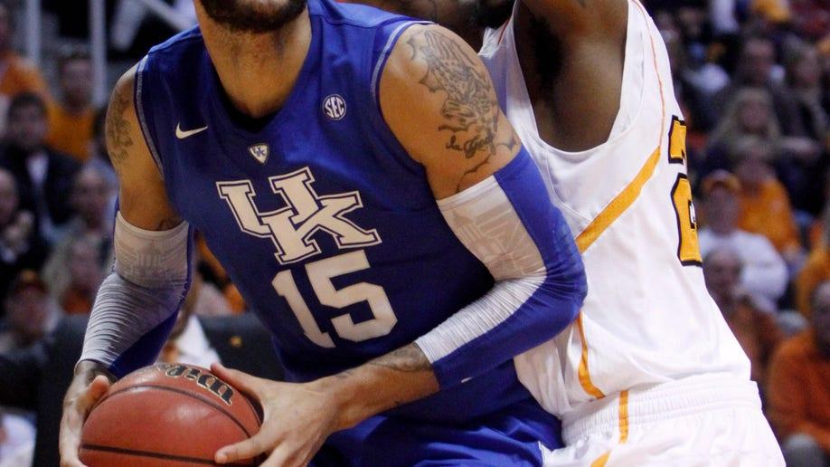 2a39cff3-Kentucky Tennessee Basketball