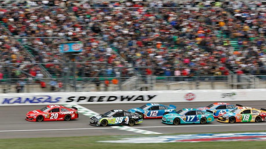 cc1bea9a-NASCAR Kansas Auto Racing