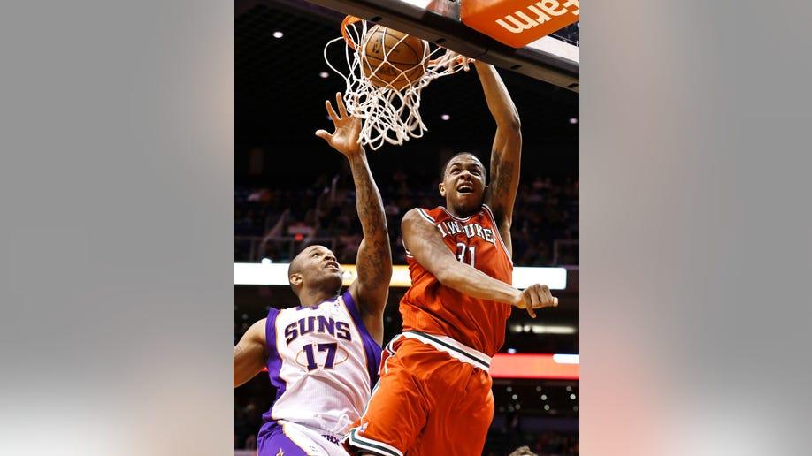 8330a73d-Bucks Suns Basketball