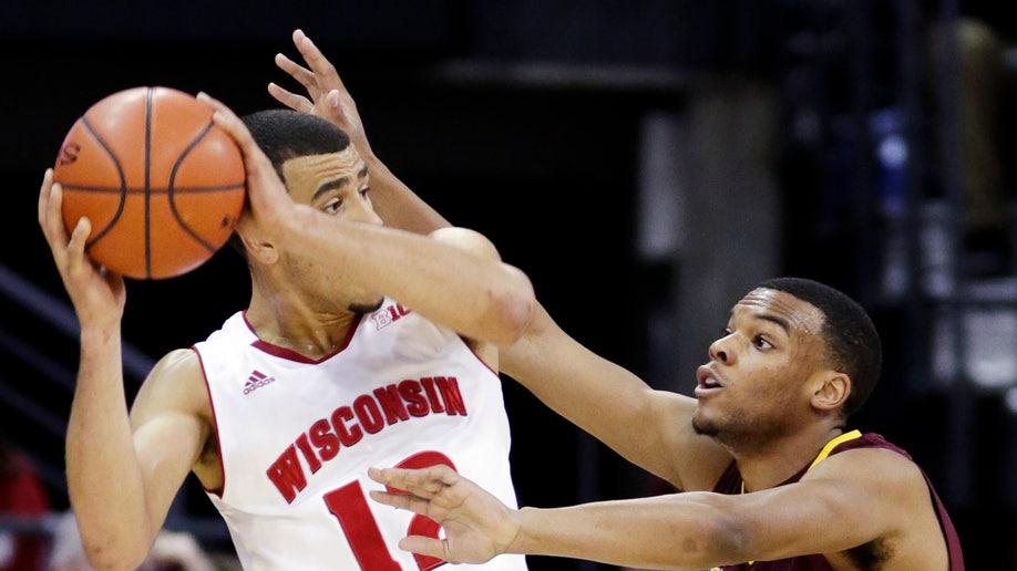 dad0f18d-Minnesota Wisconsin Basketball