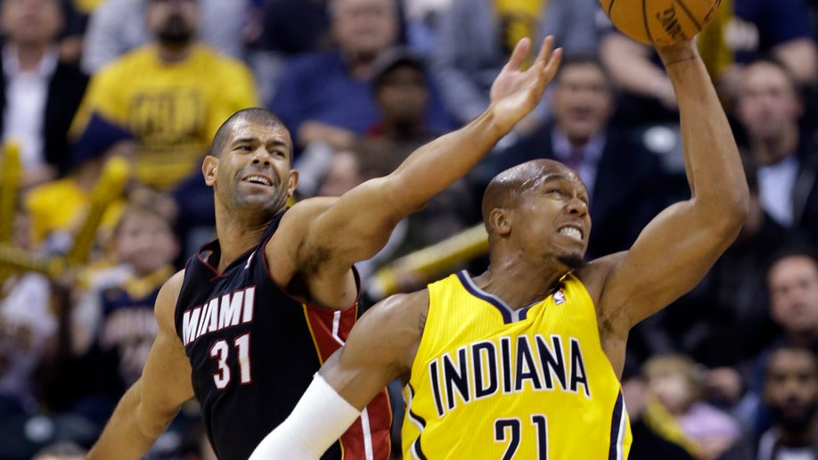 d49be0e2-Heat Pacers Basketball
