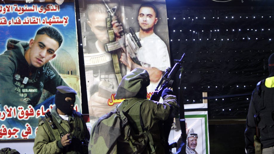 cac12208-Mideast Israel Palestinians