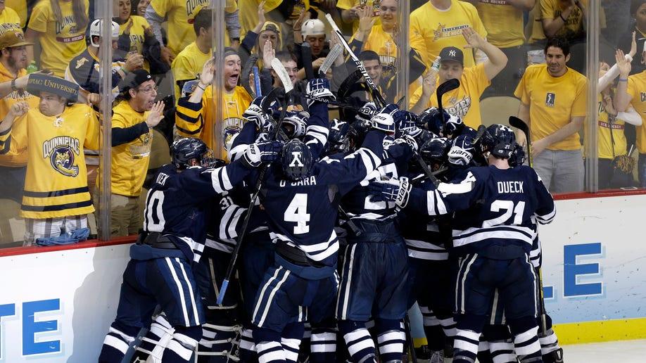 Frozen Four Yale UMass Lowell Hockey