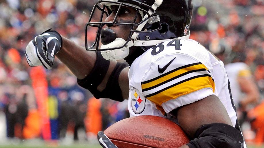 ceed46eb-Steelers Browns Football
