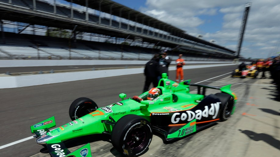 e39d8c8f-IndyCar Indy 500 Auto Racing