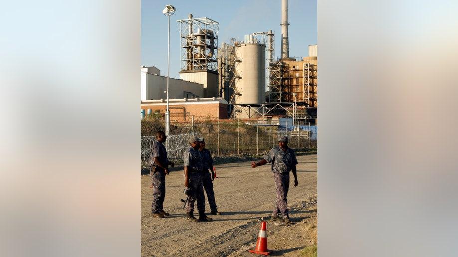 82dbee75-South Africa Mine Strike