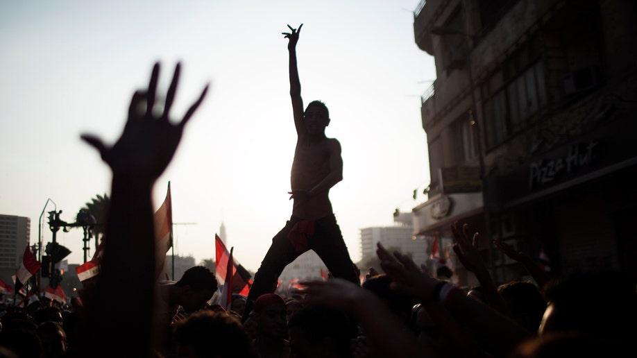 92810600-Mideast Arab Spring Fall Back