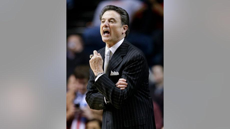 50be0d05-Louisville Western Kentucky Basketball