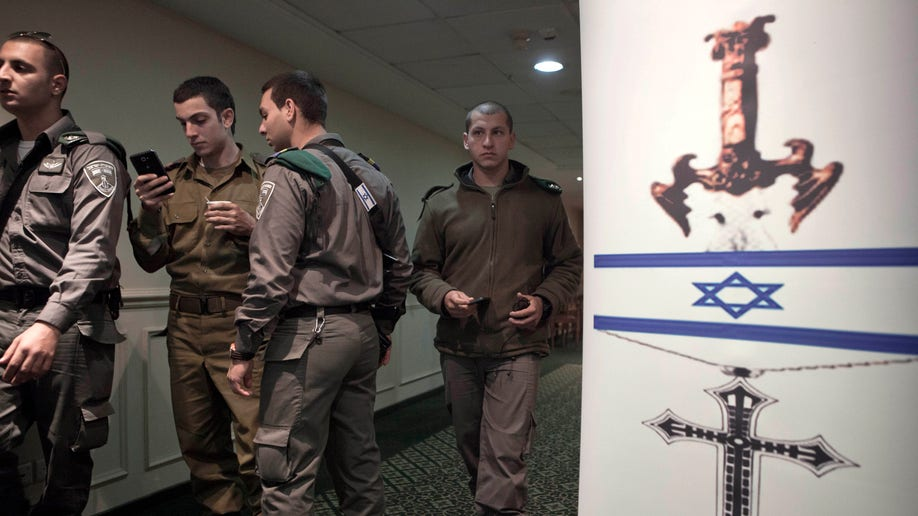 Mideast Israel Recruiting Christians