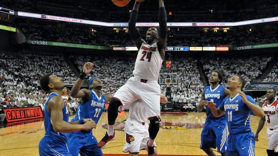 8bad1b6f-Memphis Louisville Basketball