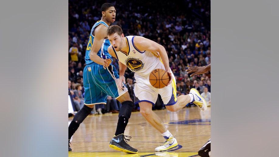 297f38b2-Hornets Warriors Basketball