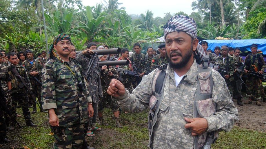 Philippines Warring Rebels