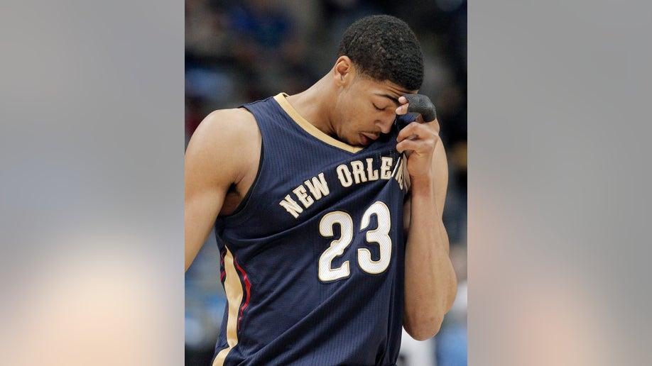 e4dac8ff-Pelicans Mavericks Basketball