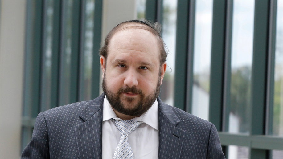 89399f28-Yeshiva Teacher Sex Assualt Charges