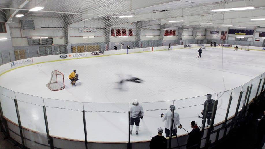 151e29e1-Sabres Return Hockey