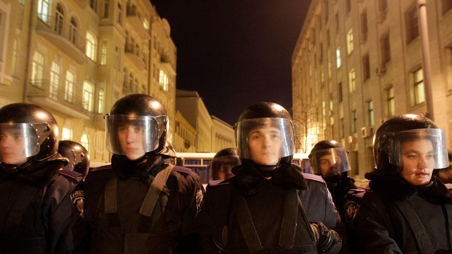 995054e1-Ukraine EU Protest