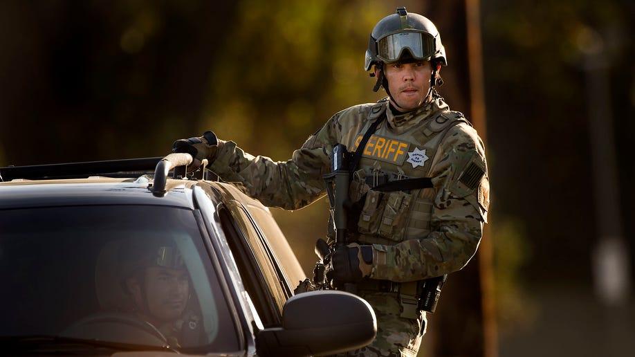 17372dcf-Immigration Officer Shot