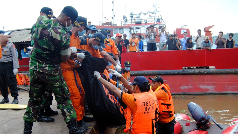 Indonesia Boat Sinks