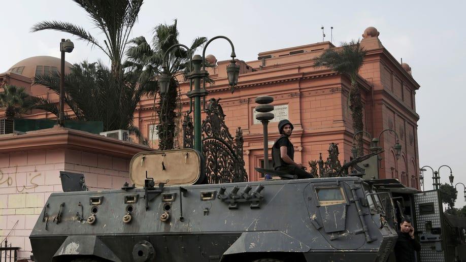 60d02c4e-Egypt-Museum Troubles