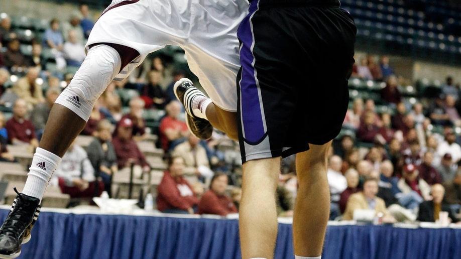 Central Arkansas Mississippi St Basketball