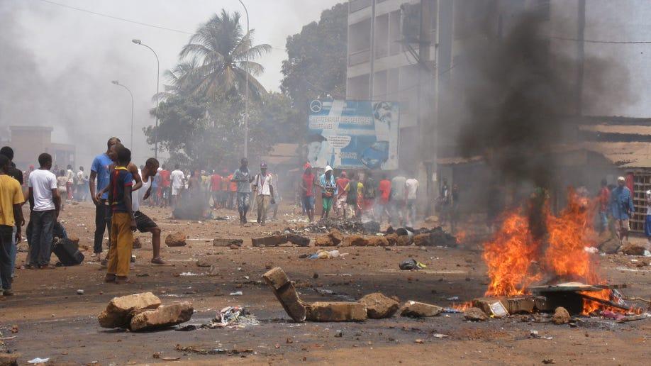 b65c8b4f-Guinea Protest