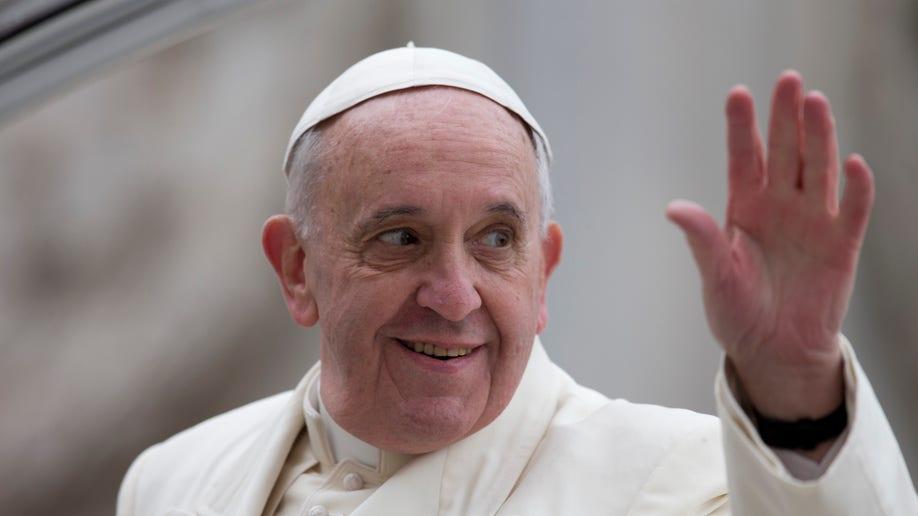5982cf9d-Vatican Pope UN Abuse