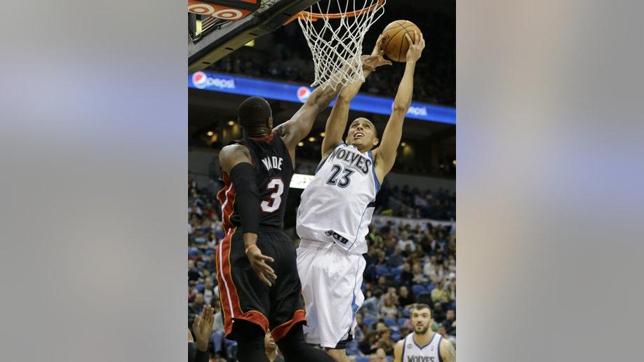df325c52-Heat Timberwolves Basketball