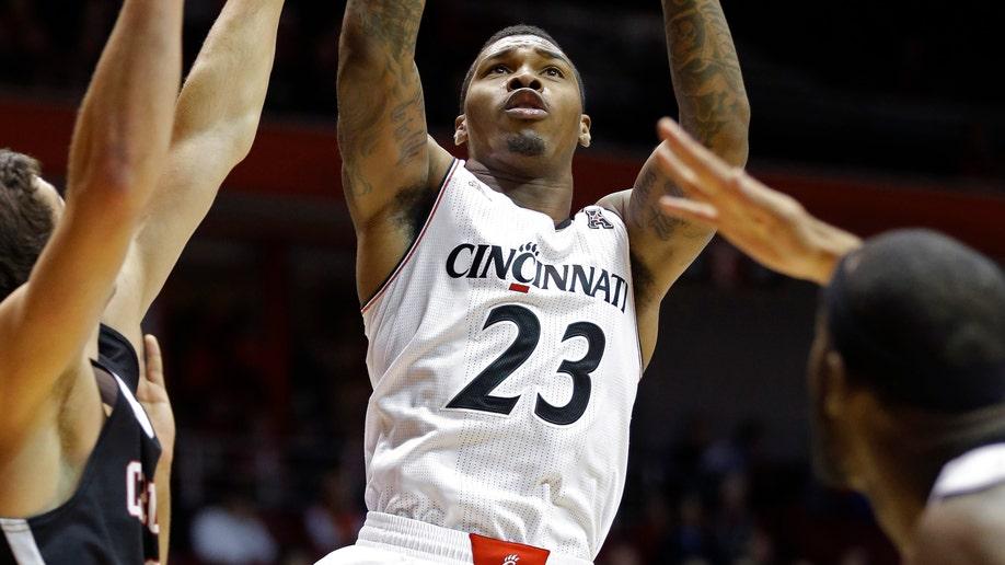 44cc30fa-Carleton Cincinnati Basketball