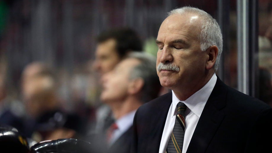 fe158035-Bruins Blackhawks Hockey