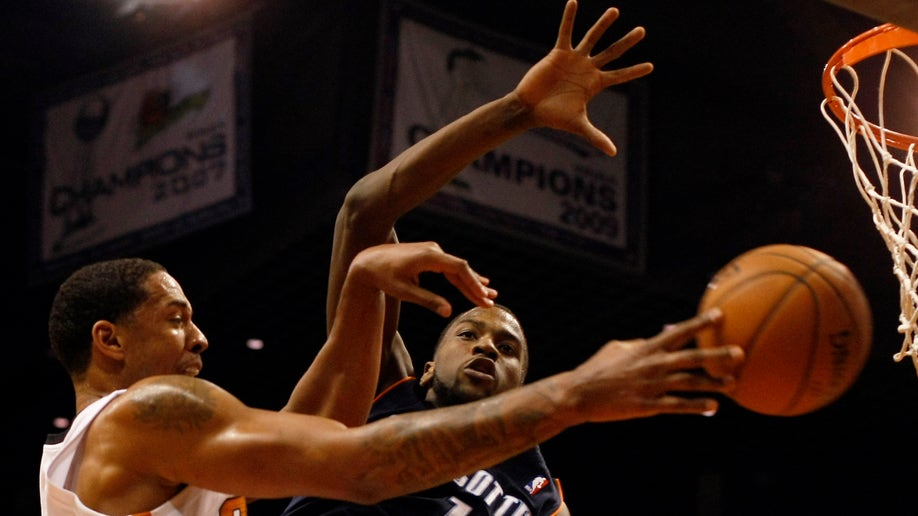 Bobcats Suns Basketball