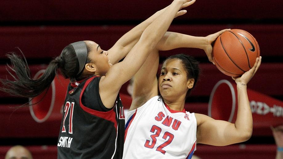 5be1c1e6-Louisville SMU Basketball