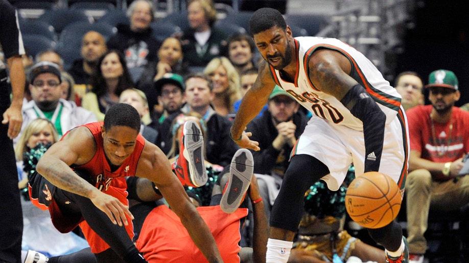 91d2ce0d-Raptors Bucks Basketball