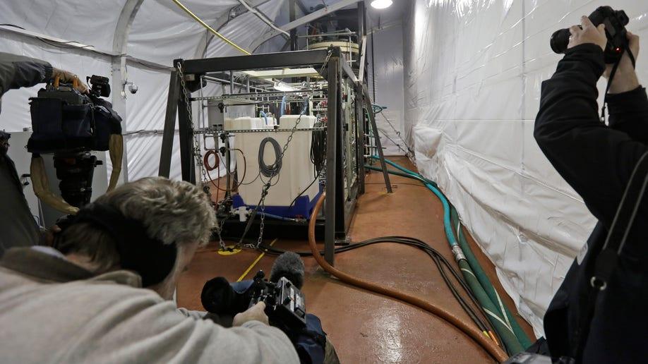 0667dc7f-Spain Chemical Weapons Destruction Ship