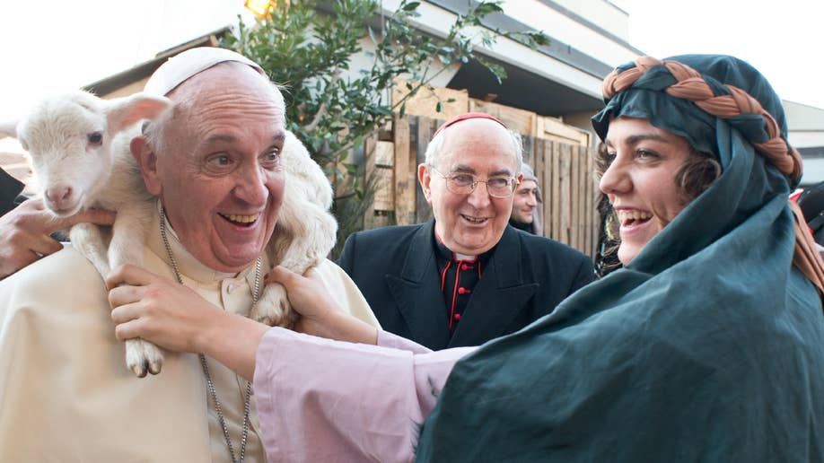 df0cf6c0-Italy Pope Epiphany