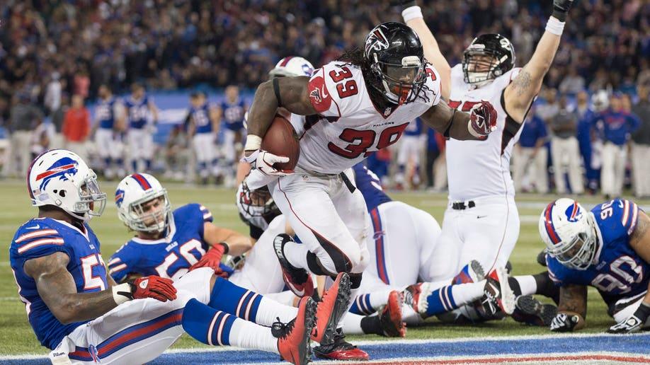89806bde-Falcons Bills Football