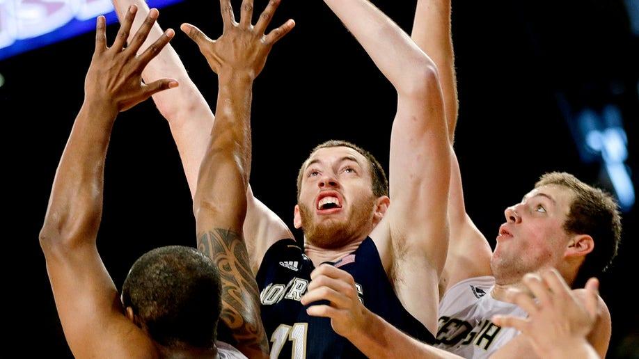 ef83c565-Notre Dame Georgia Tech Basketball