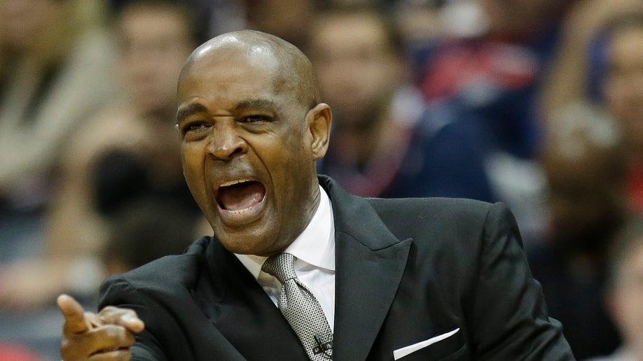 c4b2e3d2-Pacers Hawks basketball