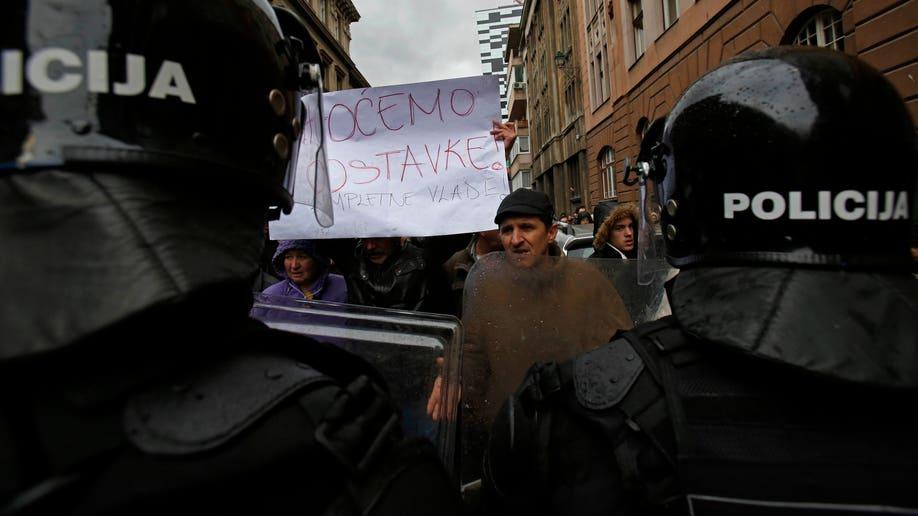 e11f440c-Bosnia Protest