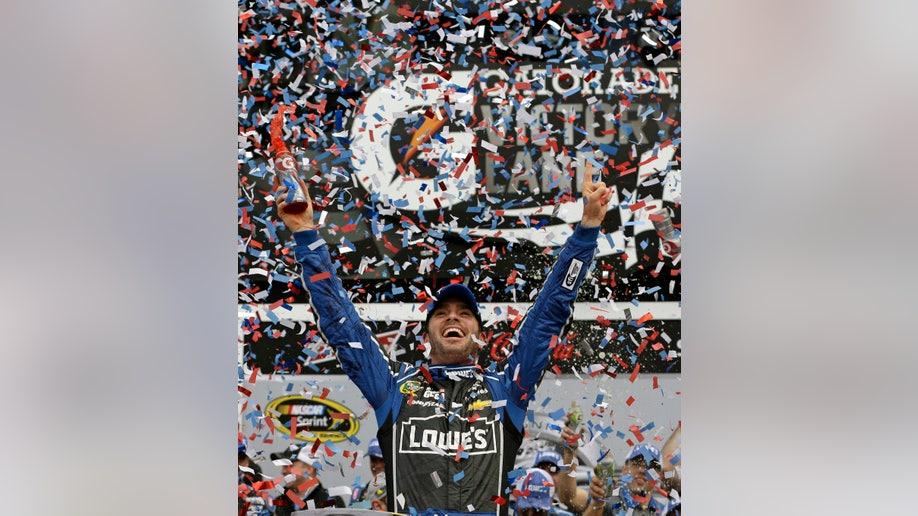 d0066925-NASCAR Daytona 500 Auto Racing
