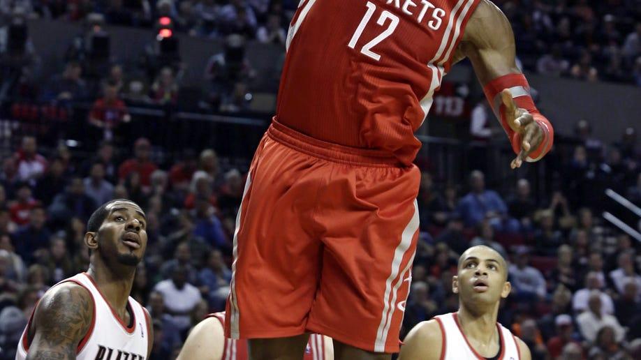 3207307e-Rockets Trail Blazers Basketball