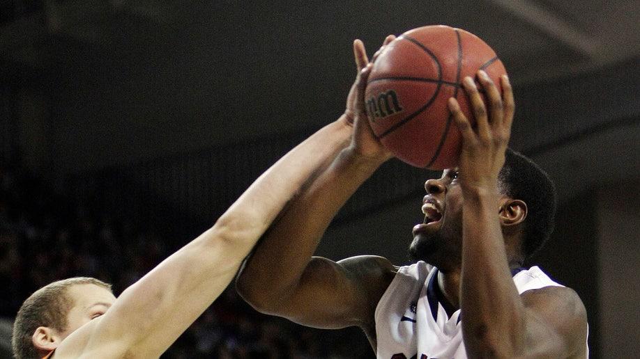 1bb77e1d-Campbell Gonzaga Basketball