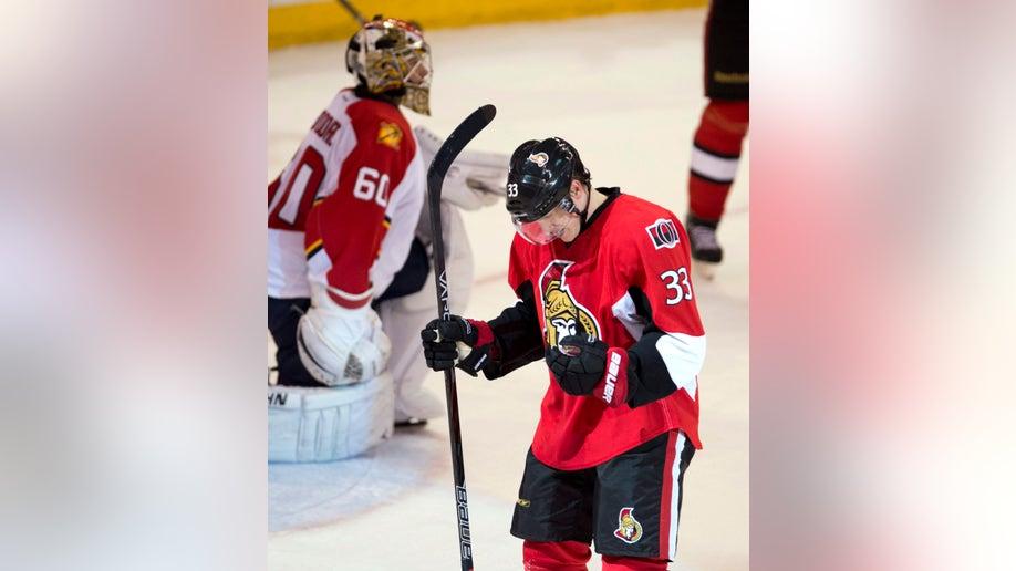 fcfb1ebc-Panthers Senators Hockey