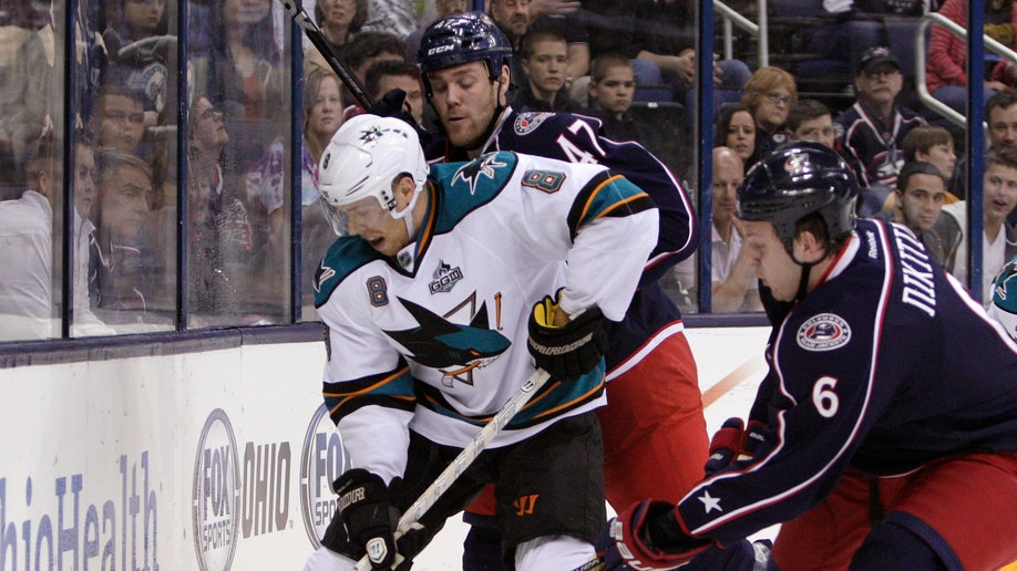 8f3c4c9f-Sharks Blue Jackets Hockey