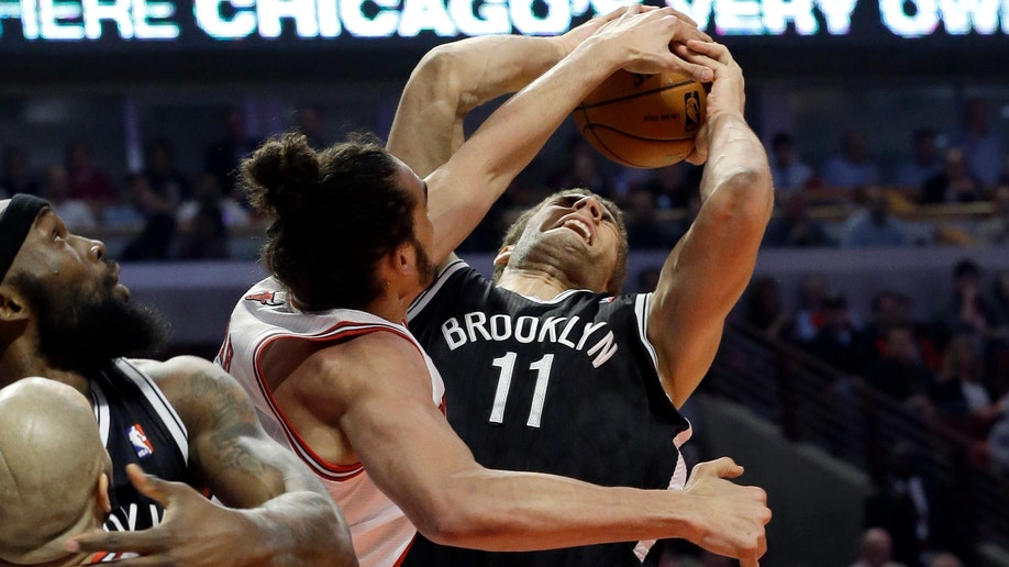 ec160994-Nets Bulls Basketball