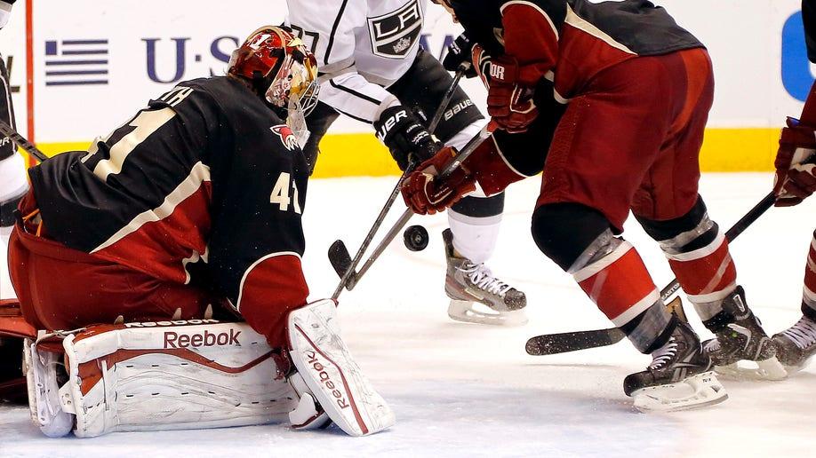9f56093c-Kings Coyotes Hockey