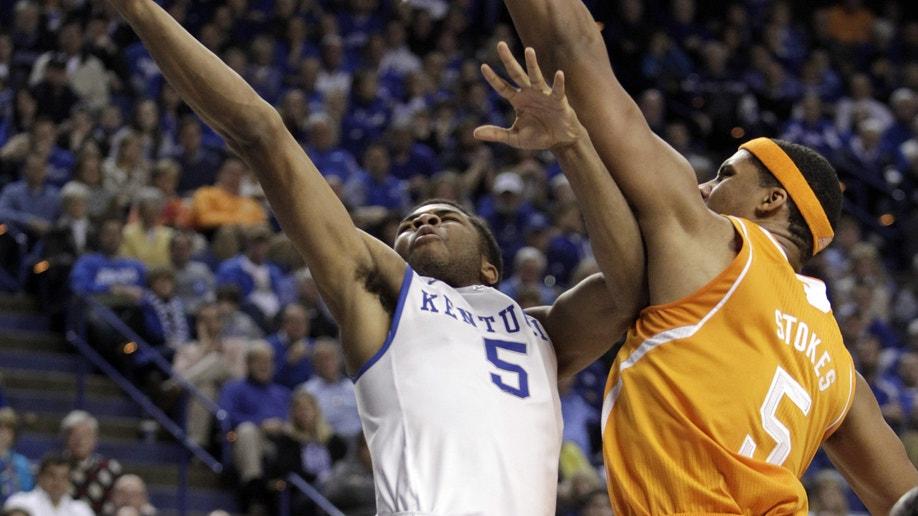 ab762cc5-Tennessee Kentucky Basketball