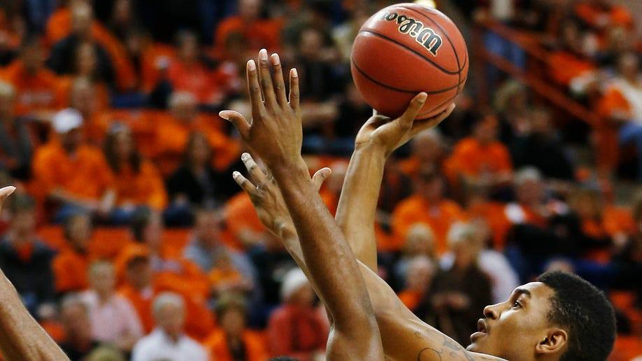 efe602b3-Iowa St Oklahoma St Basketball