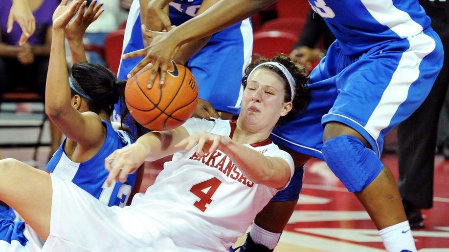 716ecbcc-Kentucky Arkansas Basketball