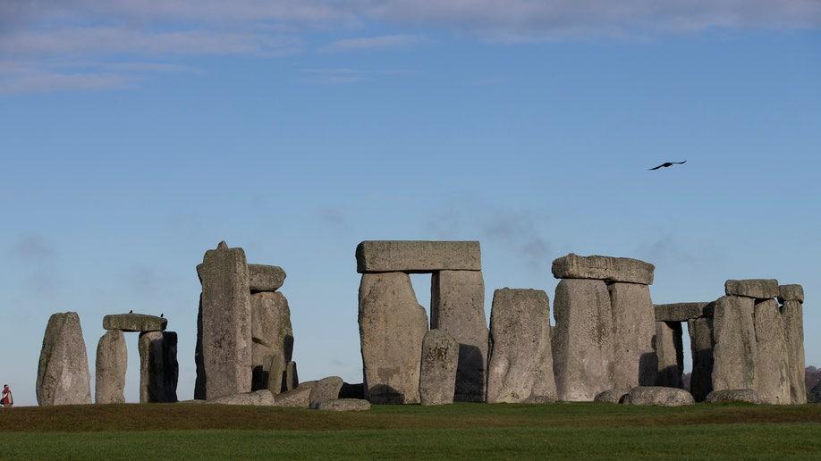 948c101d-Britain Stonehenge